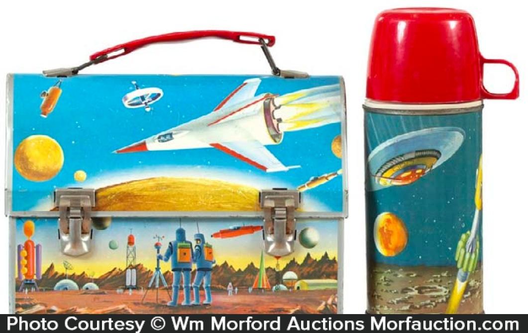 Spacecraft Lunchbox