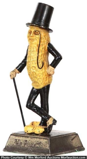 Planters Mr. Peanut Statue