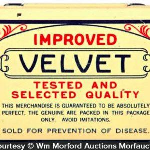 Velvet Condom Tin
