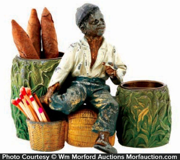 Black Man Smoking Set