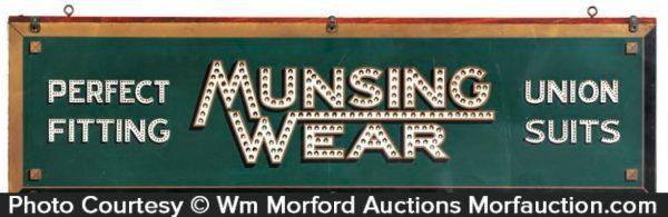Munsingwear Sign