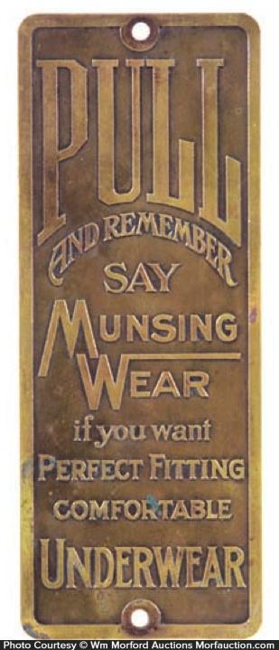 Munsing Wear Underwear Door Push