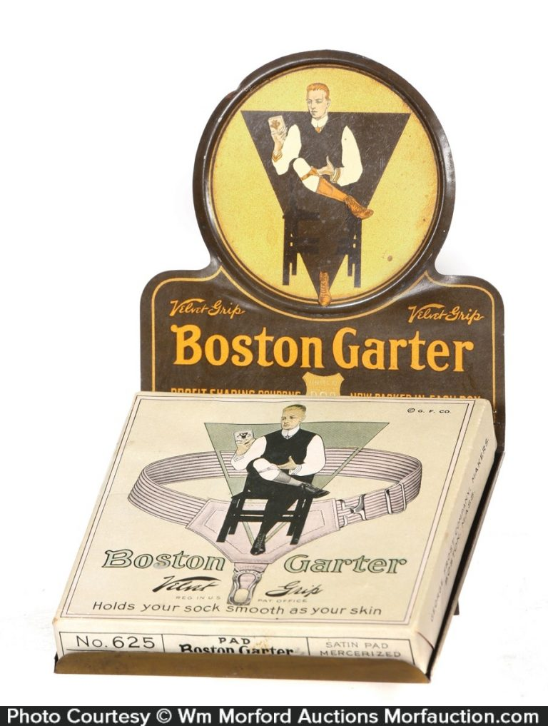 Boston Garter Display