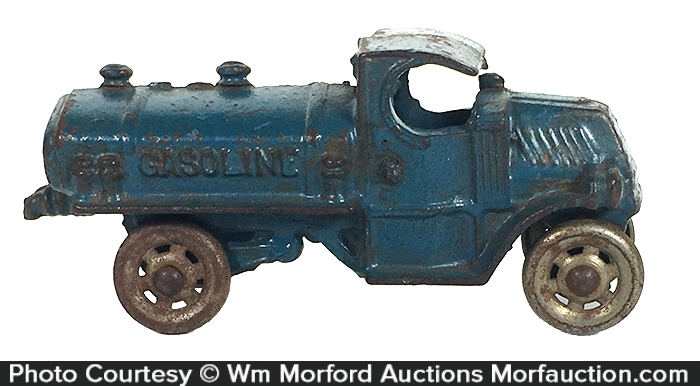 Iron Gas Truck Toy