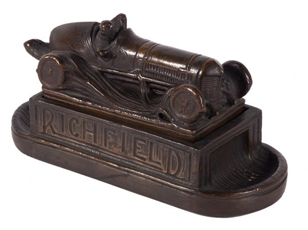 Richfield Oil Co. Desk Set